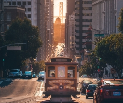 San Francisco cable car Amogh Manjunath on Unsplash